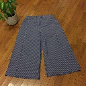Zara pants, wide leg cropped slacks